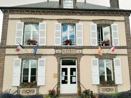La commune des Barils (Eure) a pu réduire de 44 % les consommations de la mairie, chauffée au propane