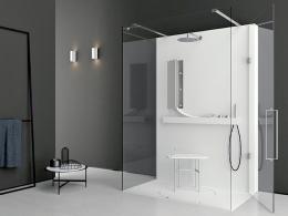 Cette douche Life proposée par le designer Giulio Gianturco et fabriquée par Makro a été conçue pour tenir compte d'un usage par différents types d'utilisateurs à mobilité réduite.