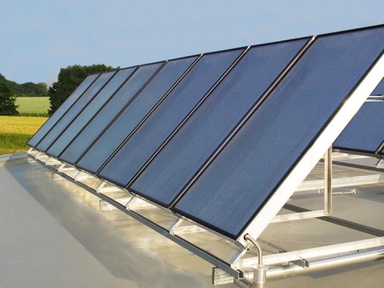 Avec un peu plus de 2 millions de m2 installés, le solaire thermique progresse, mais encore lentement.